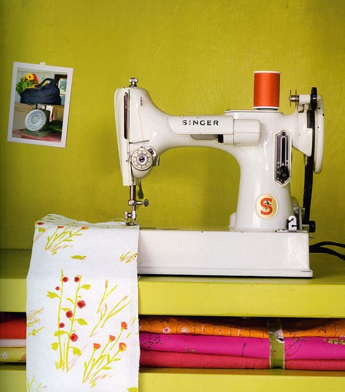 Sewing & Swooning Over Aprons