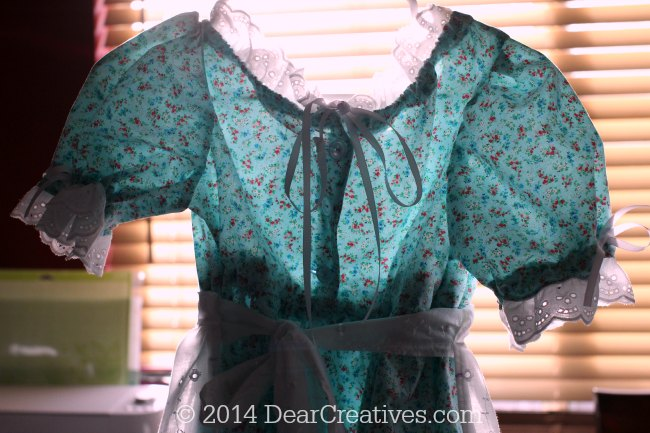 Back of the little house on the prairie dress_