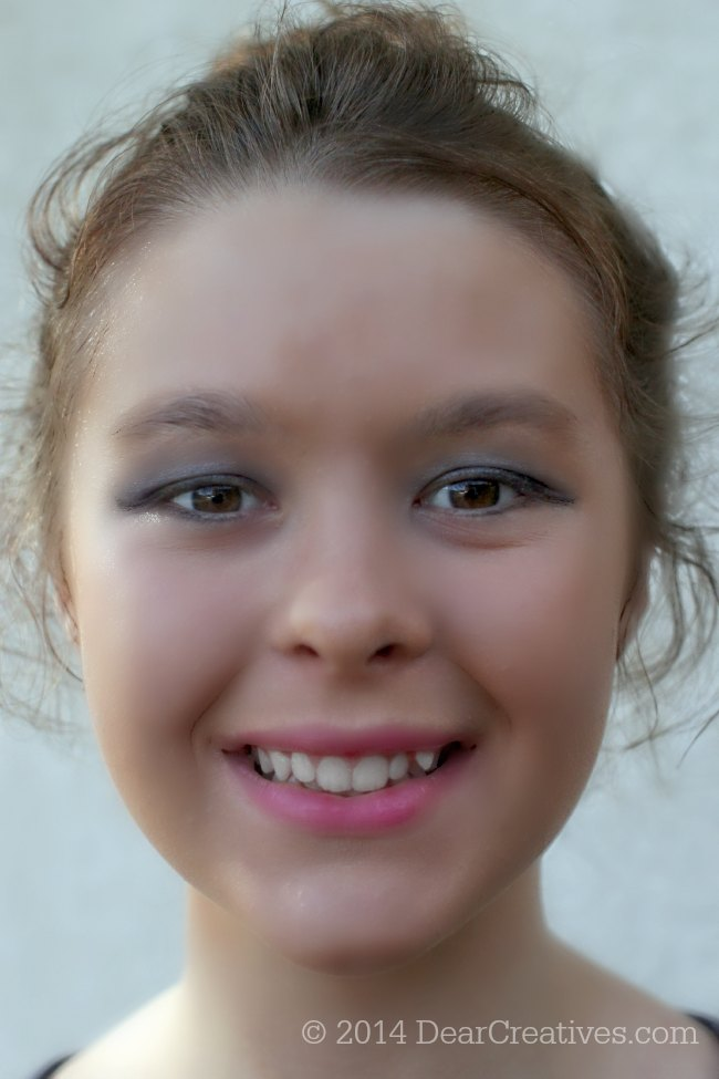 One Direction Limited Edition make up on a young girl_© 2014 DearCreatives.com
