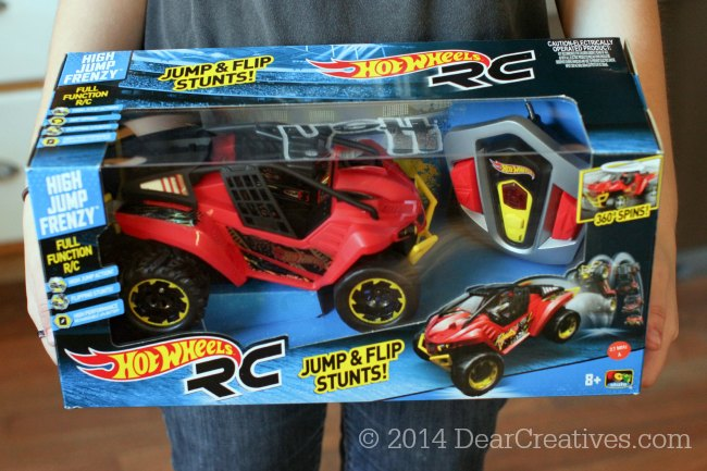 Hot Kids Gift Idea! & Review : Hot Wheels™ High Jump Frenzy R/C