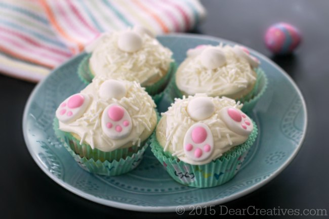 Easy Baking Ideas | Bunny Butt Cupcakes | How to make bunny butt cupcakes plus cupcake making tips. Especially helpful for anyone new to baking! #baking #bunnybuttcupcakes #cupcakemakingtips