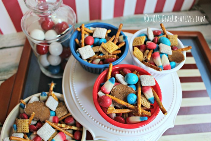 Easy Patriotic Snack Mix Dessert Treat. A no bake quick and easy summer dessert idea for Memorial Day or the 4th of July.