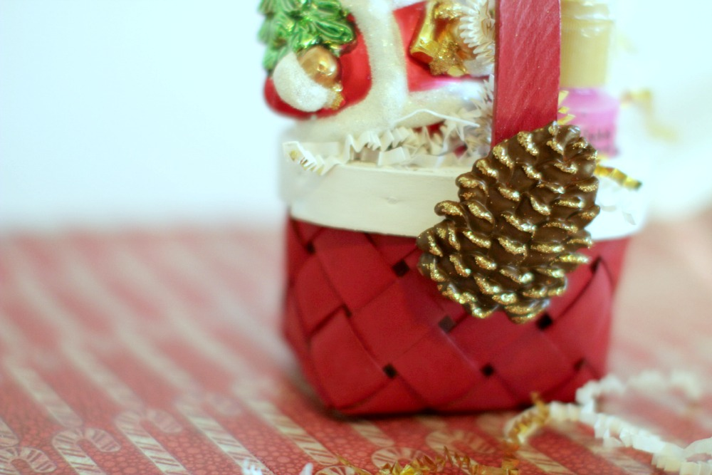 Christmas Crafts personalize your homemade gift