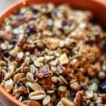 easy-trail-mix-recipe-6-ingredients-can-be-made-in-10-minutes-and-makes-great-homemade-gifts-when-added-to-jars-this-quick-and-easy-recipe-is-easily-adapted-with-your-favorite-ingredients