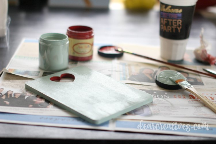 DIY Craft Projects painting with Dixie Belle Chalk Paints DearCreatives.com | DIY Craft Projects that anyone can do. You'll love transforming your projects with chalk paint and a few other supplies!