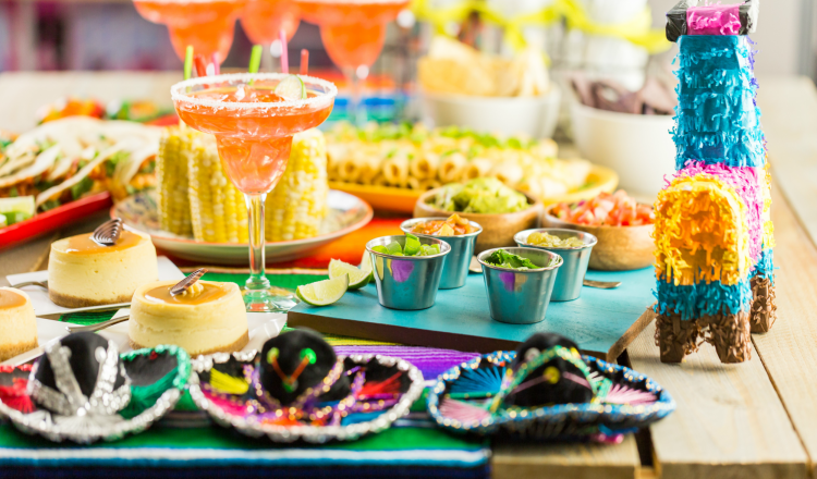 Cinco de Mayo Party - Grab recipes, decoration ideas and more at DearCreatives.com