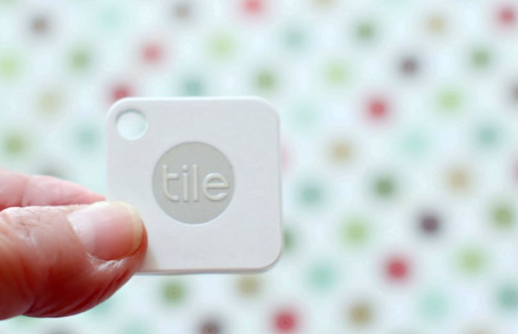 little bluetooth tracker that attaches to anything. lose it find it with Tileit find out more at DearCreatives.com