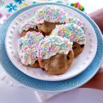 white chocolate dipped cookies with sprinkles for spring celebrations. See how to make this, and adapt the recipe for other seasons. DearCreatives.com