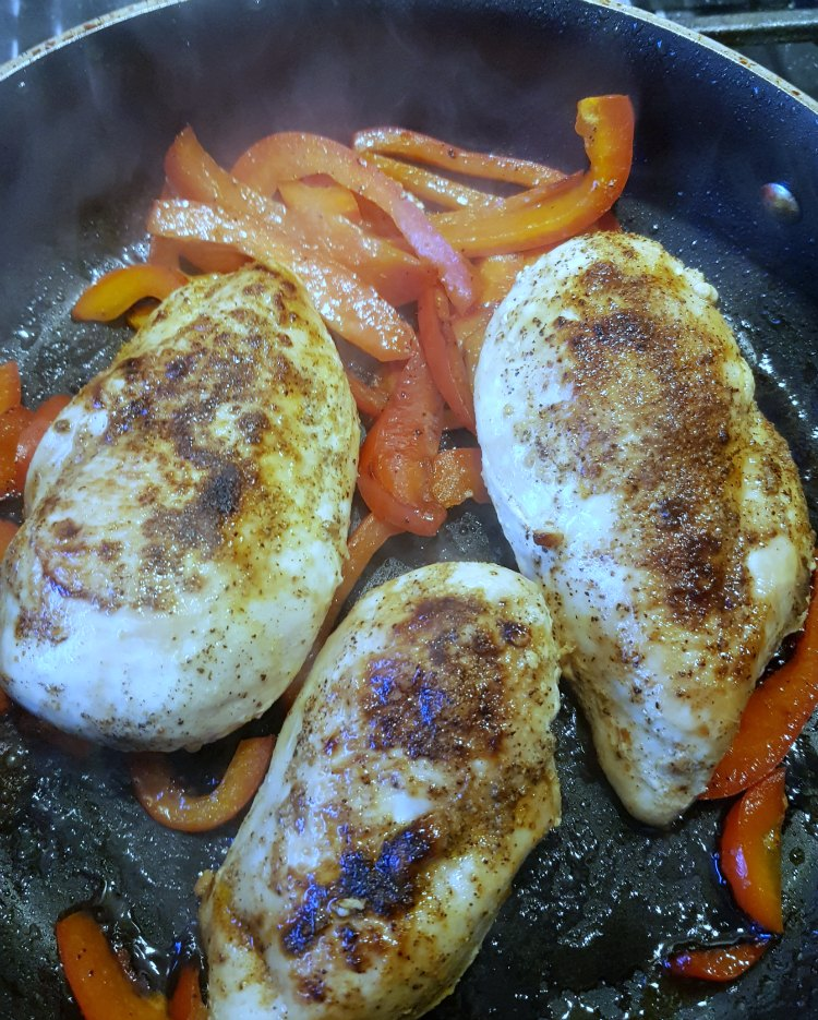 cooking chicken for chicken fajitas recipe at DearCreatives.com