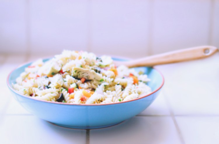 Pasta salad on the counter ready to be served - pasta salad recipe © 2018 DearCreatives.com