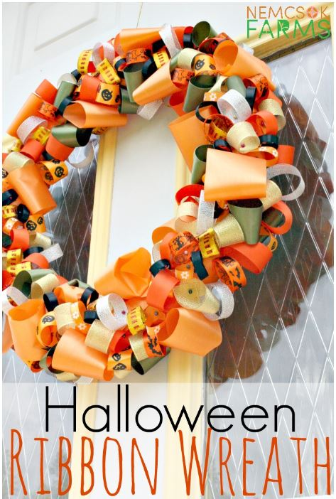 Halloween Ribbon Wreath via nemcsokfarms