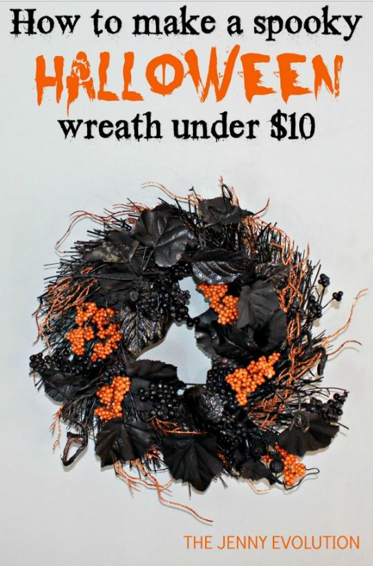 How to make a spooky Halloween wreath via mommyevolution