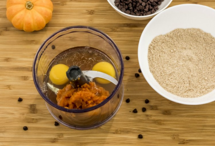 Step 2 add your pumpkin puree and eggs to the food processor. Recipe at DearCreatives.com