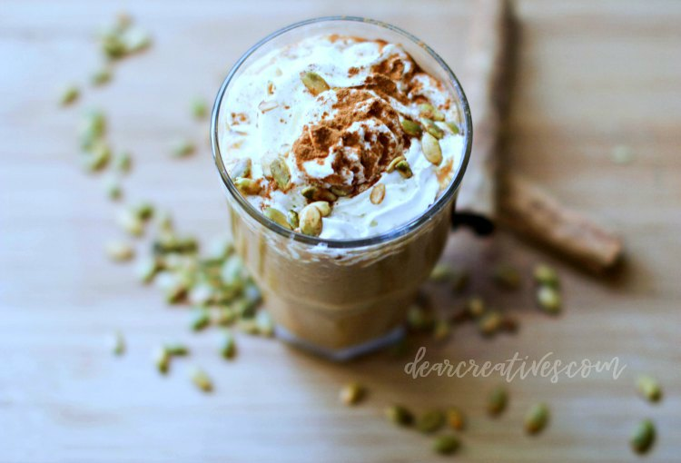 pumpkin spice frappaccino - you will love this pumpkin spice latte recipe because it shows how to make it hot, iced or blended . DearCreatives.com #pumpkinspice #blended #lattte #frapaccino #recipe #drinkrecipe