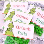 Free Printable Grinch Treat Bag Toppers DearCreatives.com #christmasgiftideas #treatbagtopper #grinch #candybag #diy