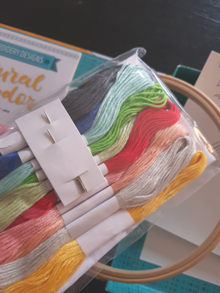 Embroidery threads and needles close up ©2018 DearCreatives.com