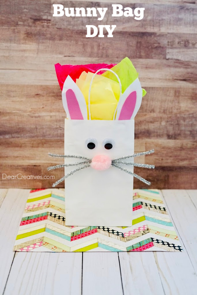 Bunny Bag - Make this Easter bunny bag for your Easter fillers, or use it as a bunny gift bag for parties. Instructions with images for the bunny paper bag at DearCreatives.com #bunnybag #easterbunnybag #bunnygiftbag #crafts #springcraftideas #craftsforkids #dearcreatives