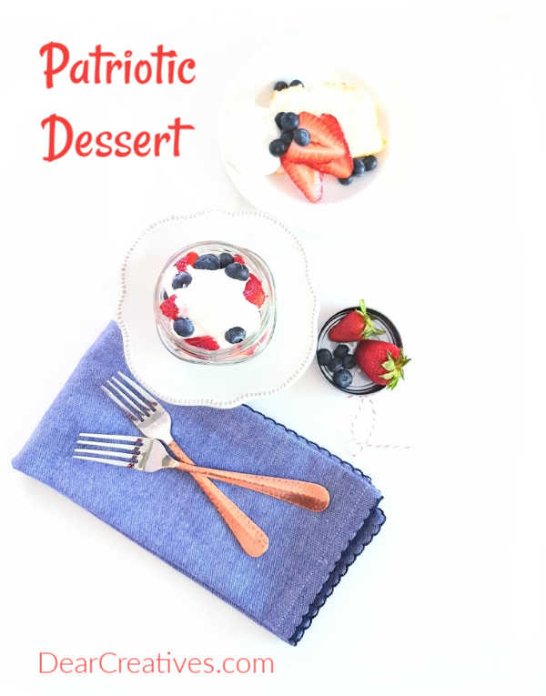 red, white and blue dessert This is an easy no bake dessert that can be made anytime during the summer with fresh fruit. - DearCreatives.com