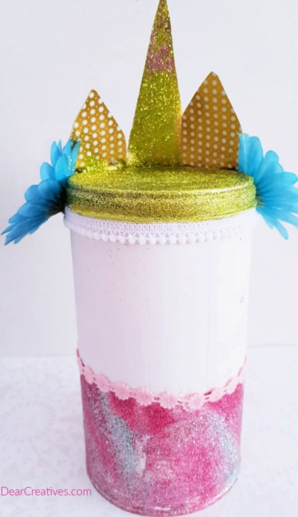 Close up of the back of the unicorn jar DIY grab how to instructions with images at DearCreatives.com