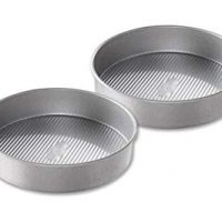 USA Pan Bakeware Round Cake Pan, 9-inch, Nonstick & Quick Release Coating, Made in the USA from Aluminized Steel, Set of 2