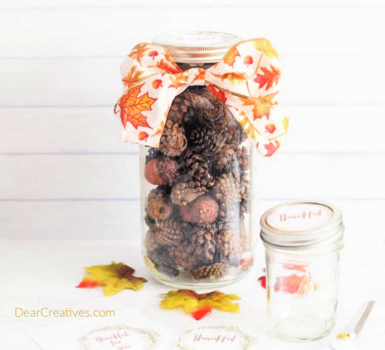 "Mason Jar Craft For Fall With Free Printables ""Thankful"""
