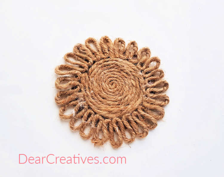 Step 7 of the do it yourself - Coaster made of twine_rope in the shape of a flower. How-to at DearCreatives.com