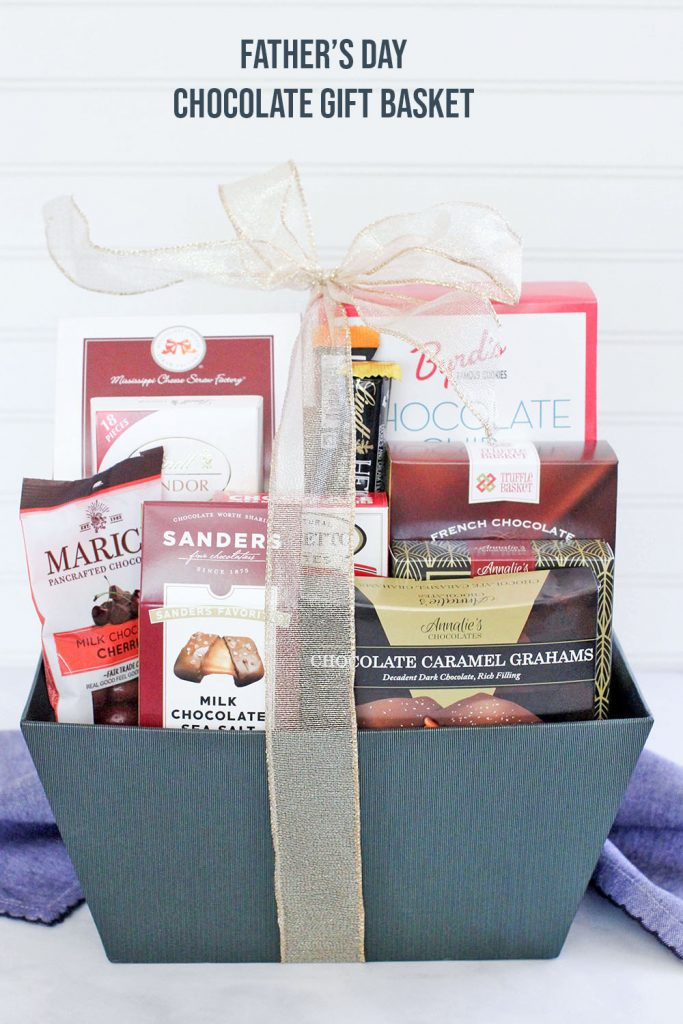 Father's Day Gift Baskets - Gift basket filled with chocolates are just one of the selections for Father's Day gifts. Gift ideas for Father's Day © DearCreatives.com